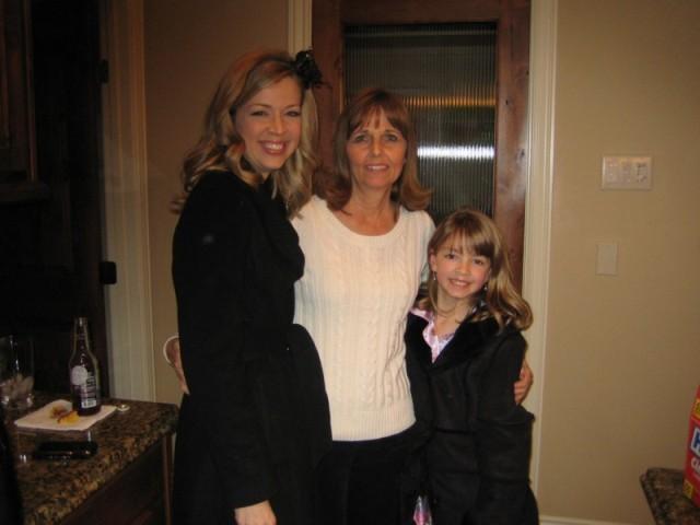 Robin, Donna & Megan Christmas Eve 2008
