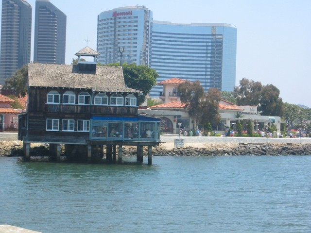 Harbor House Restaurant