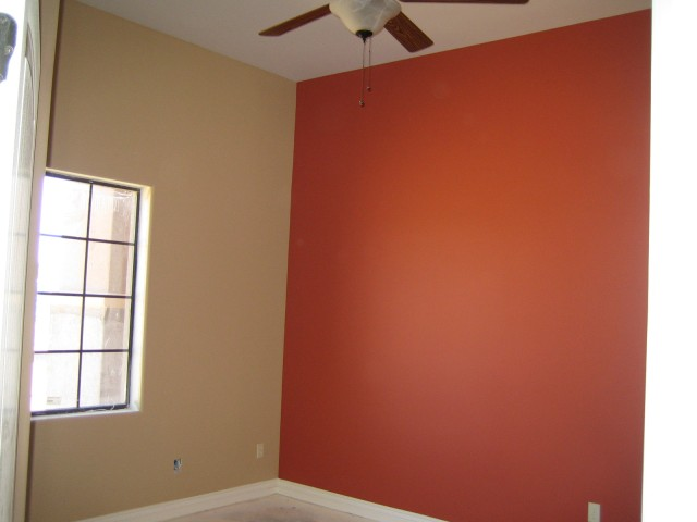 Guest room, accent wall