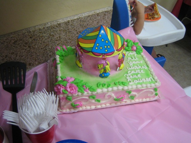 Lauren's (gluten free) cake