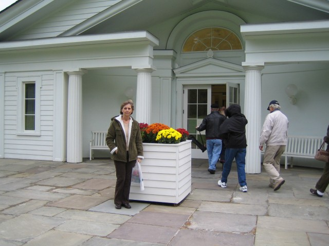 Donna in front of Rockwell Museum